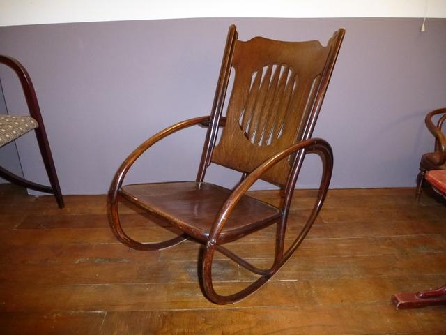 rocking chair enfant jacob josef kohn n 827 d ja vendu. Black Bedroom Furniture Sets. Home Design Ideas