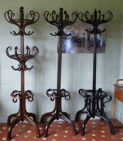 porte manteaux perroquet thonet double tete a vendre. Black Bedroom Furniture Sets. Home Design Ideas